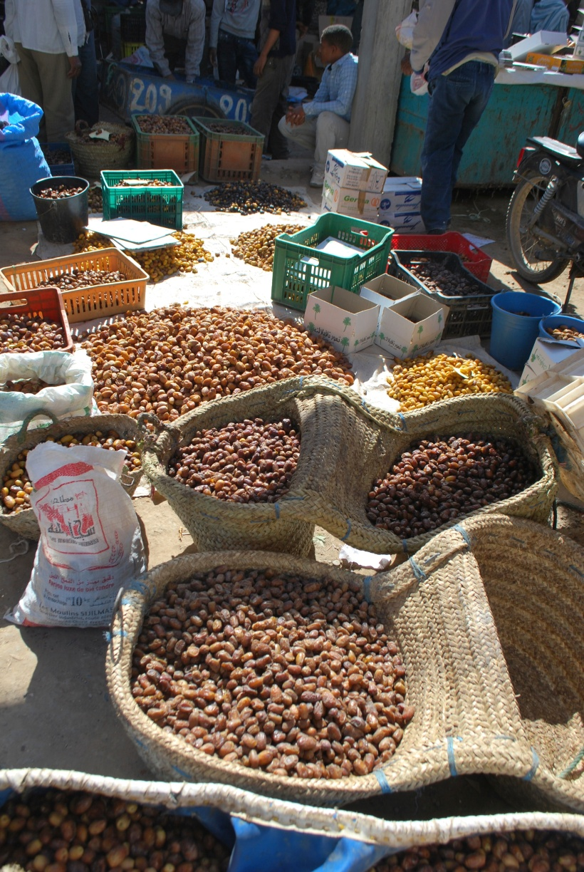 a choice of dates awaits shoppers in Moroccan markets